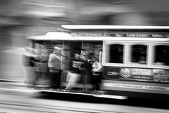 SAN FRANCISCO (skech82) Tags: sanfrancisco california city usa white black unitedstates transport streetphotography tram move di movimento bianco nero citt statiuniti mezzoditrasporto d3000 fotodistrada skech82 skechphoto