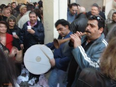 Roma musicians play the Shawm in the traditional market of Thessaloniki (ayis kelpekis) Tags: thessaloniki shawm romamusicians zourna