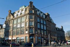 Charlotte House, Edinburgh (David_Leicafan) Tags: edinburgh niche o2 princesstreet granite baroque santander charlottehouse mcvities 28mmelmaritv4 dentilledcornice