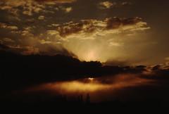 Sonnenuntergang (rieblinga) Tags: leica rollei analog 200 135 cr diafilm 2016 2870mm r9