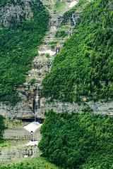 waterfalls in Valley of Pineta ( Spain ) (danieldeoux) Tags: naturaleza mountain nature water montagne waterfall valley montaa cascade mont cascada valle monteperdido rservenaturelle