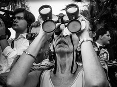Ne rien manquer (totofffff) Tags: street 2 white black france film festival alpes french riviera noir cannes 10 d mark olympus ii e om blanc maritimes croisette mditerrane