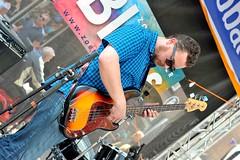 Bluesfabriek (FaceMePLS) Tags: musician dorpsstraat guitar nederland thenetherlands zoetermeer muziek gitaar muzikant gitarist facemepls nikond700 blues2016