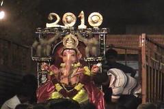 Ganesh Visarjan 2010 (Bangalore) 149 (umakant Mishra) Tags: bangalore hindureligion ganapati visarjana bangaloreevents umakantmishra soubhagyalaxmimishra ganeshvisarjana ursoorlake