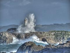 LA OLA (PHENIX.) Tags: mar olas hdr santander temporal cantabria faros farodeislademouro