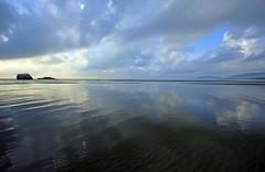 IMG_3814_beautiful morning (achem74) Tags: morning beach canon eos landscapes shorelines seascapes malaysia tamron kuantan pahang cloudscapes beserah tamronwideangle balok tamron1024mm tamronspaf1024mmf3545diii canoneos550d eos550d rebelt2i kissx4