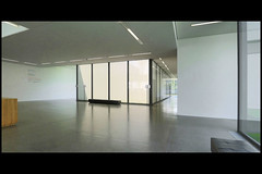 DE essen museum folkwang uitbr 11 2010 chipperfield d (museumspltz) (Klaas5) Tags: museum architecture germany deutschland arquitectura contemporary interior interieur architektur extension artmuseum architettura renewal architectuur duitsland kunstmuseum architektuur uitbreiding vernieuwing museumfolkwangessen picturebyklaasvermaas