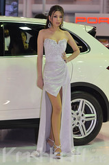 Porche | Motor Show (krashkraft) Tags: coyote beautiful beauty thailand pretty bangkok gorgeous autoshow motorshow 2012 racequeen gridgirl boothbabe krashkraft