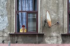 (espinozr) Tags: street summer window ventana fav50 poland krakow explore verano polonia pensar kazimierz cracovia fav10 fav25 2013 fav75