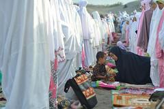 HLS_2059 (Indonesia Documentary Photographer) Tags: sand eid islamic moslem bantul shalat idulfitri parangkusumo gumukpasir 1434h
