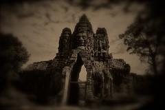 IMG_5745 (maxlovi) Tags: photo asia cambodia tibet photograph canon5d laos lao mekong s21 cambogia leicam9
