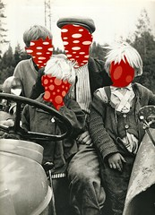 Finnish Family . (SZILVIO KOLLZS) Tags: family red people tractor kids finland countryside father finish bubble