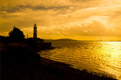 Hale Lighthouse (juliereynoldsphotography) Tags: sunset lighthouse hale juliereynoldsphotography