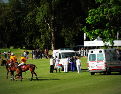 117th Hurlingham Club Open Championship, Argentina / 117° Abierto de Hurlingham YPF (Σταύρος) Tags: vacation horse holiday latinamerica southamerica argentina argentine cheval nikon ambulance pony 70300mm polo rtw pferd vacanze tack hest roundtheworld paard sudamerica triplecrown 馬 polopony américadosul américalatina globetrotter southernhemisphere ambulancia ambulanz zonasul amériquelatine polomatch лошадь poloclub argentinien 16days 阿根廷 hurlingham equidae onhorseback américadelsur südamerika hurlinghamclub 救急車 ambiwlans worldtraveler άλογο ariannin 南美洲 laaguada アルゼンチン americadelsud chukkas 皮革 argentinidad pologame poloteam ladolfina الأرجنتين 아르헨티나 d700 ασθενοφόρο nikond700 chukkers abiertodehurlingham triplecorona 117thhurlinghamopen hurlinghamopen capitaloftango аргенти́на chukers tradiciondelpoloargentino 救護車ambulanza