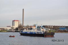 GVB in Velsen (GVB813) Tags: water veer pont noordholland gvb ijmuiden hoogovens corus velsen ijveer noordzeekanaal gvba ponten gvbamsterdam pont8