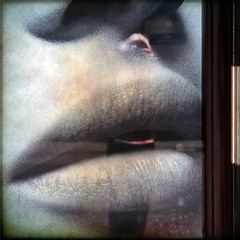 aye, by that kiss (1crzqbn) Tags: door glass reflections square lips textures 7d selfie hmam 1crzqbn meagainmonday brushesandpixels ayebythatkiss