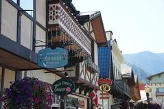 Leavenworth, WA (SomePhotosTakenByMe) Tags: city vacation usa sign america washington unitedstates urlaub schild stadt amerika leavenworth bavarianvillage