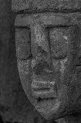 Cara temple semi enterrat (faltimiras) Tags: door sun sol inca stone puerta cares faces llama semi pre porta caras estatua ponce pedra enterrado monolito piedra tiwanaku tihuanacu monolit fraile kalasasaya tihuanaku
