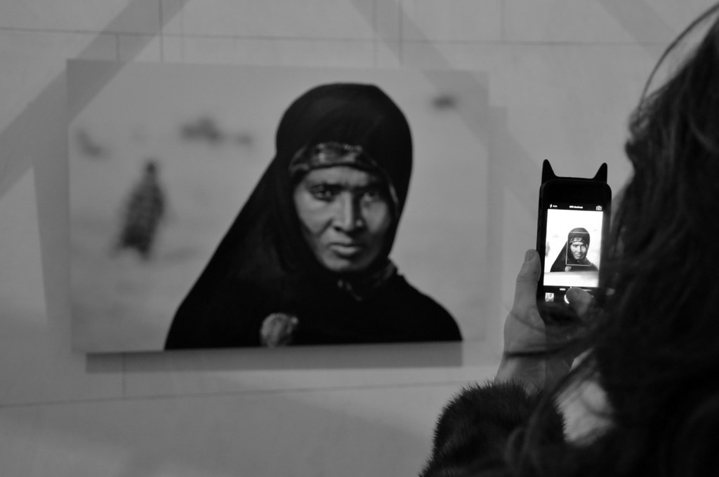 The world 39 s best photos of mccurry and portrait flickr for Mostra steve mccurry palermo