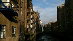 Apartments Alongside a Tidal Area (grey_goshawk) Tags: london by canal apartments flats balconies