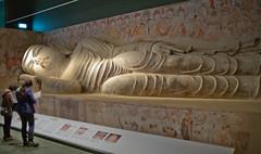 L1001679 (H Sinica) Tags: statue nirvana dunhuang mogao hongkongheritagemuseum    hongkonghistorymuseum     158 midtang cave158