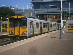 507003 @ Kirkdale (ianjpoole) Tags: liverpool central working kirkby merseyrail 507003 2g83