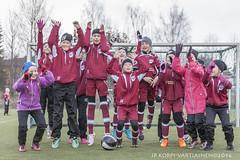 1604_FOOTBALL-115 (JP Korpi-Vartiainen) Tags: game girl sport finland football spring soccer hobby teenager april kuopio peli kevt jalkapallo tytt urheilu huhtikuu nuoret harjoitus pelata juniori nuori teini nuoriso pohjoissavo jalkapalloilija nappulajalkapalloilija younghararstus