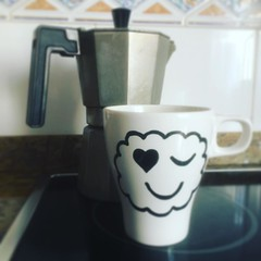 #viernes con #energia #energy #friday #coffee #coffeetime #caf #mug #love #morning #maana #matin #vendredi (itcomext) Tags: morning love maana coffee caf energy mug friday con matin vendredi energia coffeetime viernes instagram ifttt httpswwwinstagramcompbf5ra8qpnsl