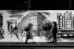 Rue de Rivoli (Nikan Likan) Tags: auto street 6 white black paris monochrome vintage lens photography prime aperture noir 55mm m42 manual et blanc blured f28 blades | sx japanes 2016 mamiyasekor 18