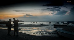 Colnia de Pescadores da Praia da Pedrinha (mariohowat) Tags: sunset brazil brasil riodejaneiro natureza prdosol niteri crepsculo sogonalo colniadepescadores praiasdoriodejaneiro colniadepescadoresdesogonalo praiadapedrinha