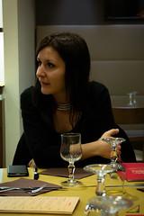Genzi (agu!) Tags: italy girl dinner restaurant glasses italia chica gente restaurante cups bologna supper brunette ristorante cena bolonia bruna copas morena ragazza blackhaired