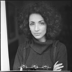 Curly Hair II (__Daniele__) Tags: 6x6 hasselblad analogue analog film schwarzweiss blackwhite bw 35to220 czarnobiałe monochrome kodak 125px mediumformat mittelformat