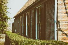 (farm) stadsboerderij, Grote Kerkstraat 62, Edam, Netherlands (C. Bien) Tags: urban holland history netherlands landscape nederland stedelijk landschap noordholland historie boerderij edam geschiedenis northholland gemvolendam