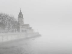 Foggy day in Gijn (J_J_R_P) Tags: espaa fog spain gijn asturias neblina sanpedro playadesanlorenzo