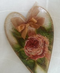 plaque heart rose (Ptah Art Gallery) Tags: handmade indoor gifts homedecor giftideas