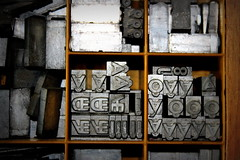 digrammes souds et circonflexes (overthemoon) Tags: wood france metal typography letters case workshop printing utata type ash characters casse lead drawers impression ae oe weekendproject printers gettyimages typeface capitals ethel atelier printshop compartments imprimerie shelved aesch rhnealpes ferneyvoltaire majuscules bestofr utata:project=shelved atelierdulivre oethel