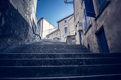 Racoin de Verdun (liryc30) Tags: france reflex nikon pierre ruelle lorraine escalier meuse verdun nikond3200 d3200 55100