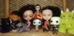 dolly shelf sunday (Carolly Carolly) Tags: monster sally jackskellington troll blythe icy susiesadeyes violetpieghost
