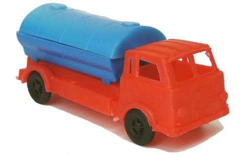 S.T.Pla Toys Lancia Esadelta (1)