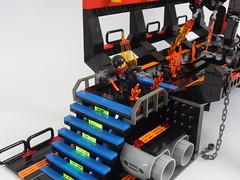 punisher vs mech (26) (peter-ray) Tags: robot lego space battle figure fi cyborg marvel gundam shi diorama mecha mech punisher