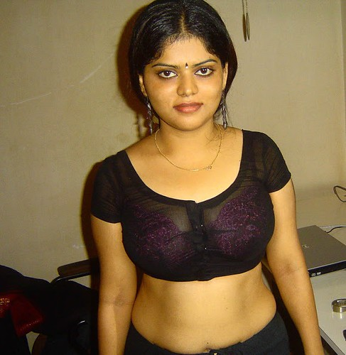 Mallu aunty housewife woman