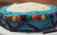 Day 11/365 - Decorating the drum cake (nikki.j.thorpe) Tags: birthday cake drum cakedecorating