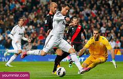 اجمل صور وخلفيات مهارات كريستيانو رونالدو فى ريال مدريد 2013 2014 (37)