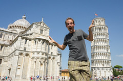 Stuck in the Middle (_Codename_) Tags: italy published honeymoon cathedral ryan pisa leaningtower forcedperspective torrependente piazzadeimiracoli fieldofmiracles smokinglily duomodipisa