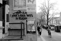 graffiti (wojofoto) Tags: amsterdam graffiti streetart wojofoto nederland netherland holland wolfgangjosten zwartwit monochrome blackandwhite