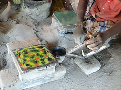 Fabrication des carreaux de Chettinad (Inde)