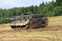 Leopard 2 A6  /  PzBtl 104 (Combat-Camera-Europe) Tags: 2 army bayern bavaria exercise leopard mbt exercises heer nato 104 armee bundeswehr otan germanarmedforces pfreimd leopard2a6 mainbattletank rheinmetall 2leopard kmweg a6pzbtl