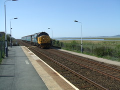 Direct Rail Services diesel arriving at Kirkby-in-Furness (Bennydorm) Tags: england train diesel transport platform engine rail railway railwaystation cumbria kirkby furness drs kirkbyinfurness