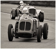 goodwood sprint (Peter Shergold) Tags: cars race canon 7d sprint bentley goodwood 100400 copyrightpetershergold
