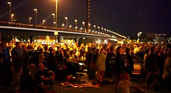 watching (victorloe) Tags: bridge people cars up car japan architecture germany deutschland japanese fireworks watching menschen dsseldorf altstadt feuerwerk japanisches oberkassel
